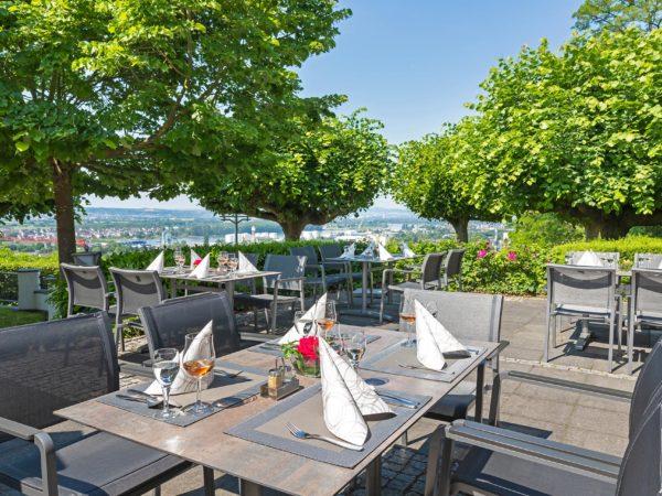 restaurant-terrasse-ausblick